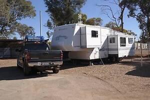 2000 model 31ft Sunnybrook 5th wheeler and 2004 Silverado Ute Oakford Serpentine Area Preview