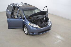 2014 Toyota Sienna LE V6 8 Passagers Portes Coulissantes Electri