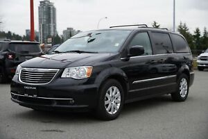 2016 Chrysler Town & Country Touring - ALLOY WHEELS!