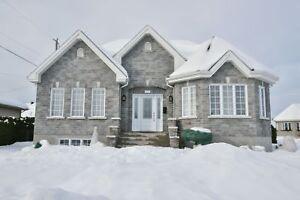 Maison - à vendre - Trois-Rivières - 27923478