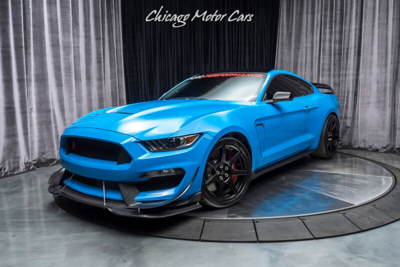 Image 2 Voiture Américaine d'occasion Ford Mustang 2017
