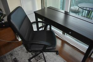 Desk and Deskchair