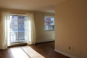 2 BEDRM w/ HUGE BALCONY AT RED HILL AND KING! AVAIL NOW