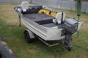 Aluminium quintrex boat about 15ft long with 35hp johnson Weston Weston Creek Preview