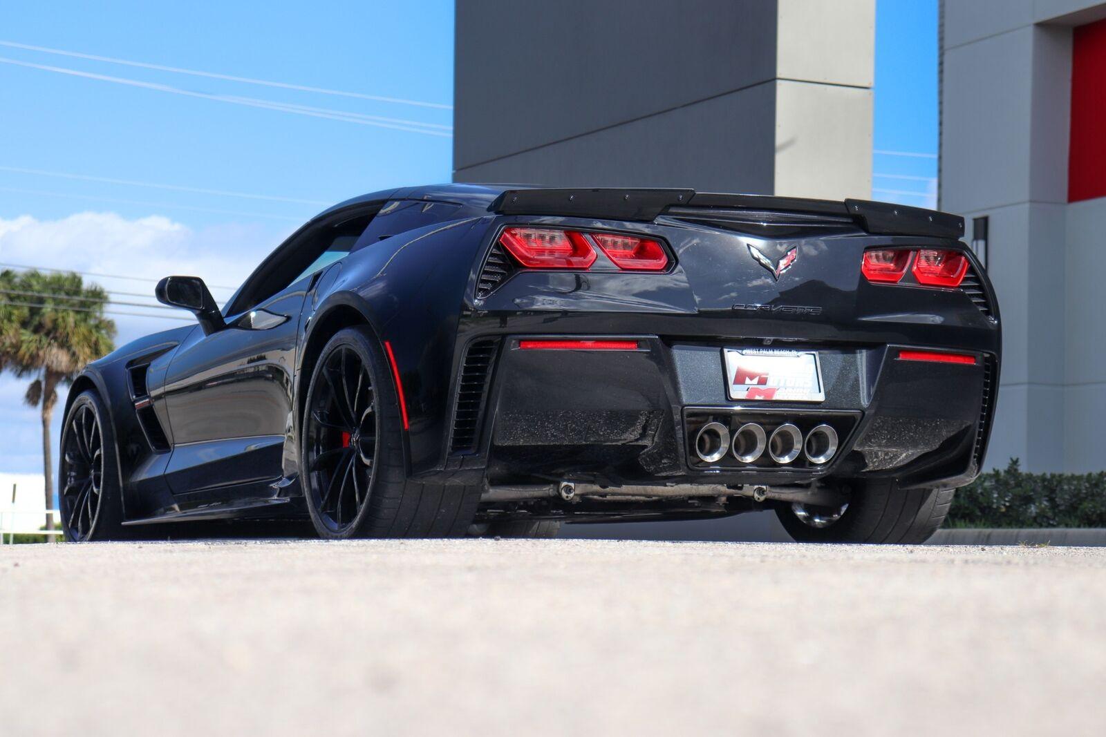 2018 Black Chevrolet Corvette Grand Sport    C7 Corvette Photo 6