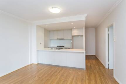 Near New 2 Bedroom Apartment In Homebush West Available Now