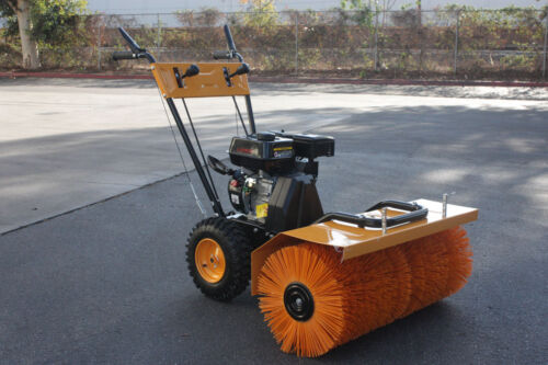 Photo Walk Behind Power Sweeper Broom 196cc 6.5HP Gas Engine Sweeper Lawn Gravel Turf