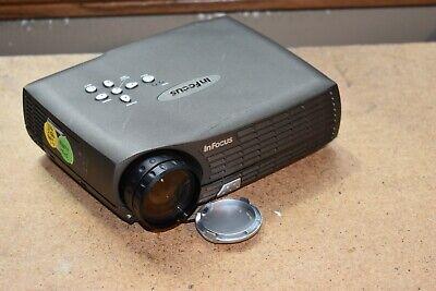 InFocus LP70 DLP LCD Projector XGA 1024x768 DVI-M1 VGA Audio UHP 1400 ANSI Lumen