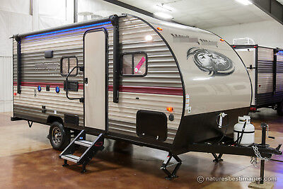 New 2018 16BHS Ultra Lite Bunkhouse Excursion Trailer Camper with Bunks Never Used