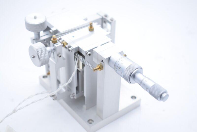 NRC ED014633-A-00 XYZ Axis Linear Slide Micrometers