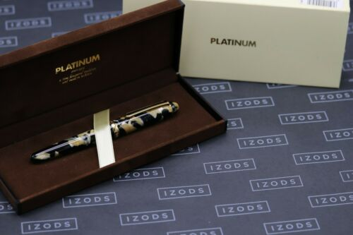 Platinum #3776 Black and Pearl Celluloid Fountain Pen - UNUSED 6