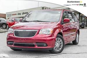 2016 Chrysler Town & Country Touring-L+NAV+PWR DOORS/GATE-UCONN+
