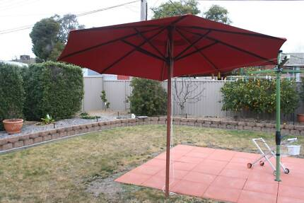 11' teak patio umbrella and stand
