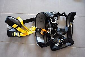 Petzl brand new harness Lara Outer Geelong Preview