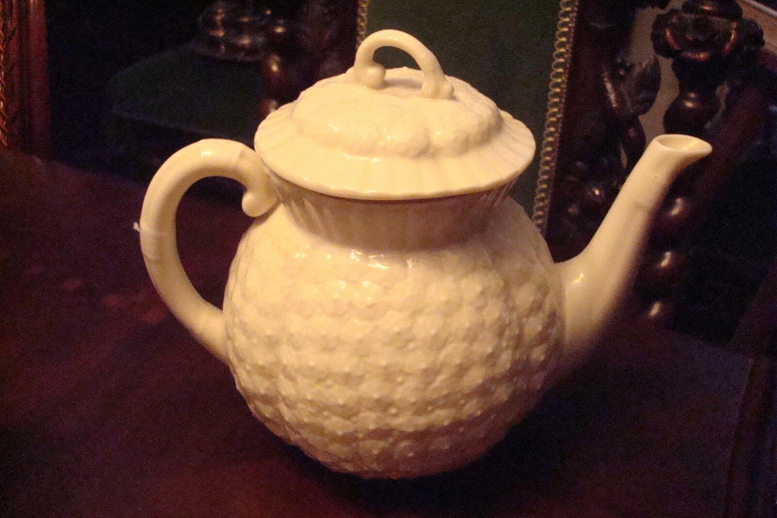 Lenox Teapot Hawthorne Reproduction of 1889 set, teapot with lid ...