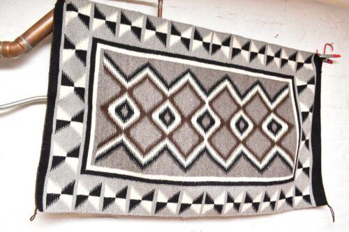 ANTIQUE Navajo Rug native american indian weaving VTG 45x28 LARGE EYE DAZZLER