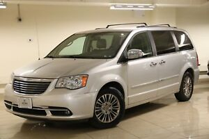 2011 Chrysler Town & Country Limited Roof Racks/Rear Entertai...