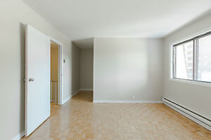 5 1/2 with 2 full bath Spacious apartment for rent West Island West Island Greater Montréal image 7