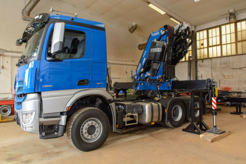 Mercedes-Benz FASSI F545L426 - 6x4 - WECHSELSYS - REFERENZFZG