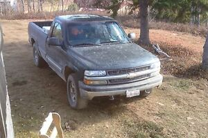 2002 Silverado 4x4 (needs transmission) 700obro