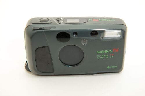 Yashica T4    Carl Zeiss T* Tessar 35mm f/3.5
