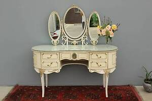 Vintage French Style Dressing Table. Murwillumbah Tweed Heads Area Preview