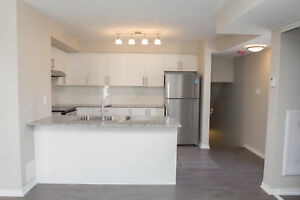 3 Bedroom Loft ~ 1.5 baths & 5 appliances! NORTH YORK