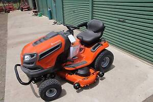 New Husqvarna 48in deck ride on Lawn mower,24hp Bonus brushcutter Berkshire Park Penrith Area Preview