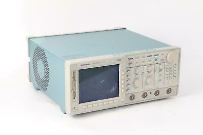 Tektronix Tds 520d Two Channel Digtal Phosphor Oscilloscope Option 1f