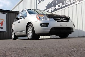 2010 Kia Rondo EX-V6 CLEAN CARPROOF   ONE OWNER   LOW KMS   H...