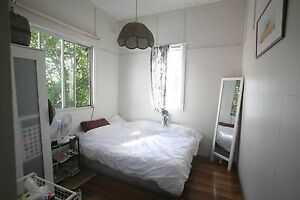 Bright bedroom with air con available in Queens Park house nr BJ Queens Park Eastern Suburbs Preview