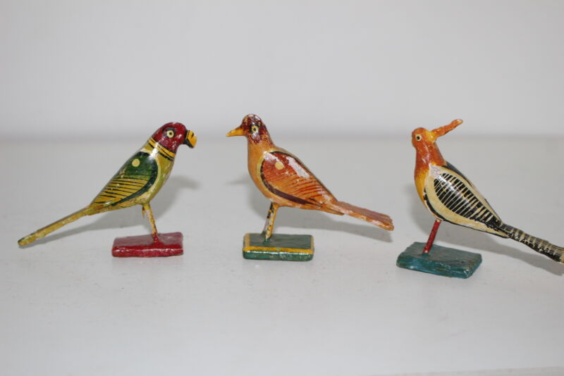 SET OF 3 VINTAGE HAND PAINTED PAPER MACHE/COMPOSITE BIRD FIGURINES-MEXICAN?