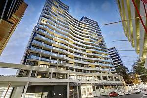Fully furnished bedroom in Modern Apt. South Yarra (2-3months) South Yarra Stonnington Area Preview