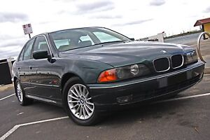 BMW 528I - SELF LEVELLING SUSPENSION AND ALL BOOKS AND HISTORY Richmond Yarra Area Preview