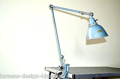 Midgard Klemmlampe Gelenkarm Lampe Werkstattlampe Industrie Design Tischlampe