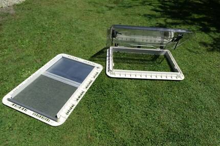 CARAVAN MOTORHOME ROOF HATCH  IN NEW CONDITION Burleigh Waters Gold Coast South Preview