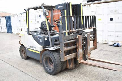 Crown 5T Diesel Forklift - Container Mast - Low Hours - 2012