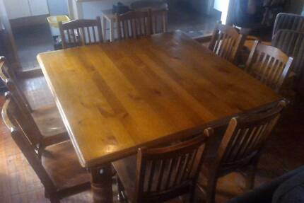 Country style dining room table and 8 chairs Lalor Park Blacktown Area Preview