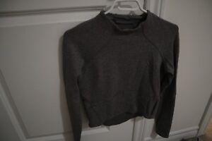 Lululemon cropped mock neck sweater