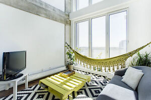 Stylish 1BR Old Port - Indoor Parking included