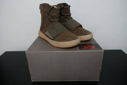 5a5a1af1c20 Adidas Yeezy Boost 750 Light Brown Gum (Chocolate).  800