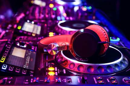 Brighton DJ Hire $275 Brighton Bayside Area Preview