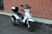 Piaggio Beverly 350 Sport Touring ABS/ASR Topcase