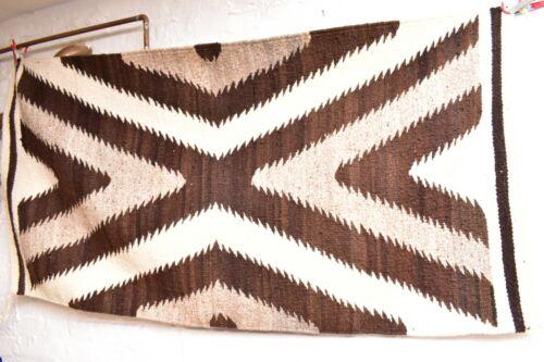 Vintage Navajo Blanket Rug native american indian Eye Dazzler LG Antique 62x32