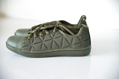 New LA Gear Premium Girls Olive Green Quilted Shoes Sneakers Trainers UK 12, used for sale  Stockport