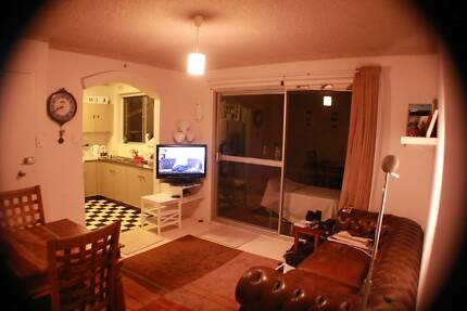 Narrabeen room - just 200m from beach!