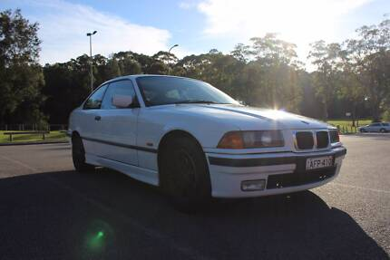 1997 BMW e36 318is manual