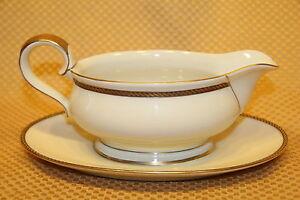 eschenbach bavaria elfenbein porzellan china gravy boat gold black rope 05837. Black Bedroom Furniture Sets. Home Design Ideas