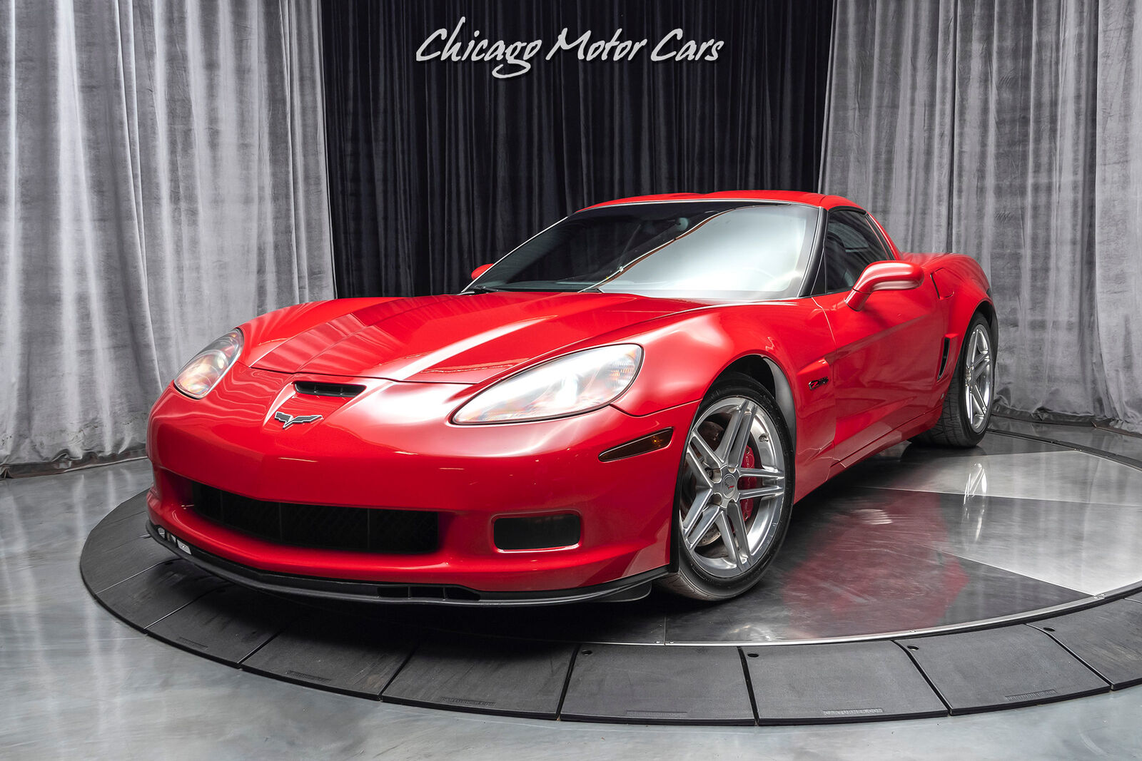 2006 Red Chevrolet Corvette Z06  | C6 Corvette Photo 2