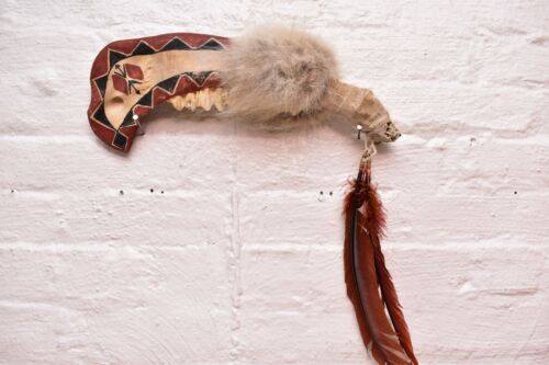 """Vintage NATIVE AMERICAN PLAINS INDIAN Buffalo JAW WAR CLUB Painted WEAPON 24"""""""